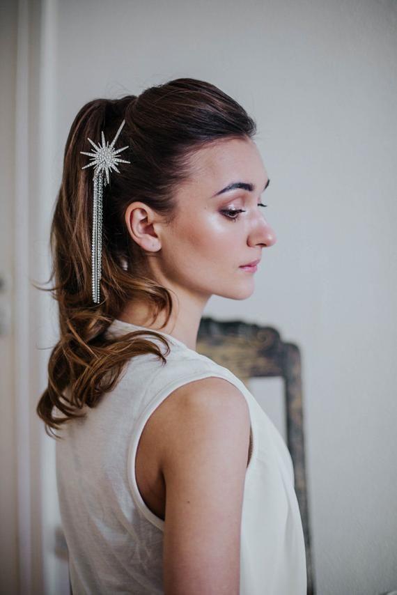 Весільні аксесуари: модні прикраси для зачіски