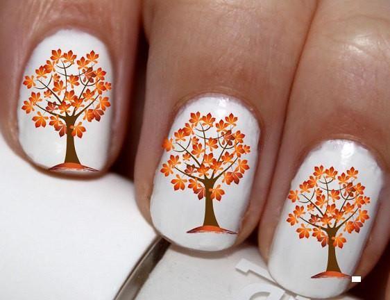 Ідеї манікюру на осінь з «дощовим» покриттям й іншими ознаками пори року