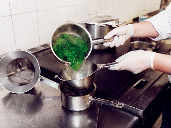 Заморозка шпинату вдома