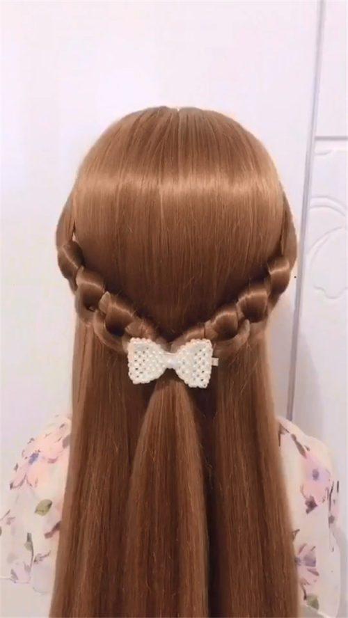 Зачіска на перше вересня й інші свята для дівчинки, різні ідеї з фото