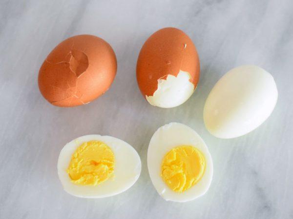 Скільки можна зберігати яйця без холодильника і як краще це робити