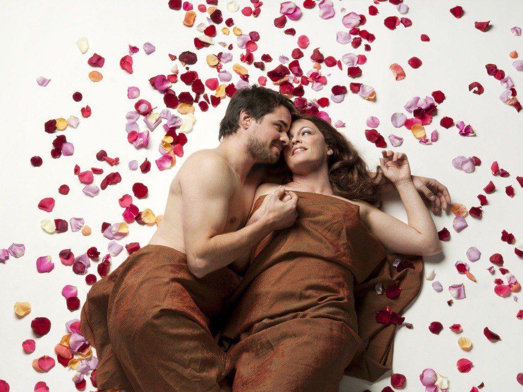 День Святого Валентина привітання всім закоханим