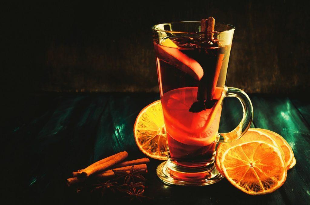 Рецепти гарячих напоїв для дощової осені
