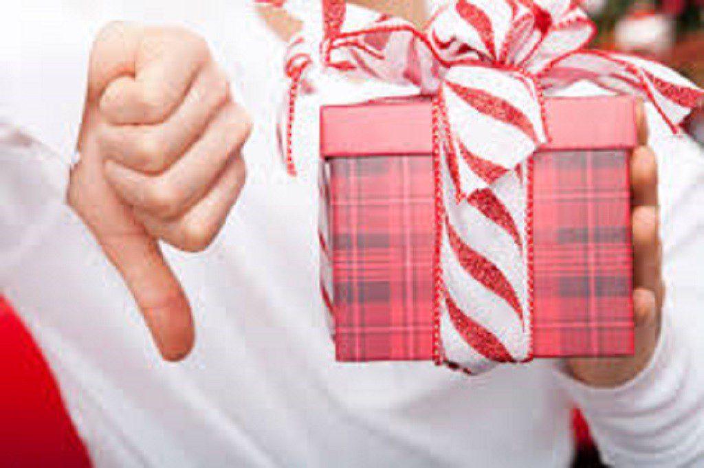 Прикмети про подарунки: що не можна дарувати, а що буде вдалим презентом