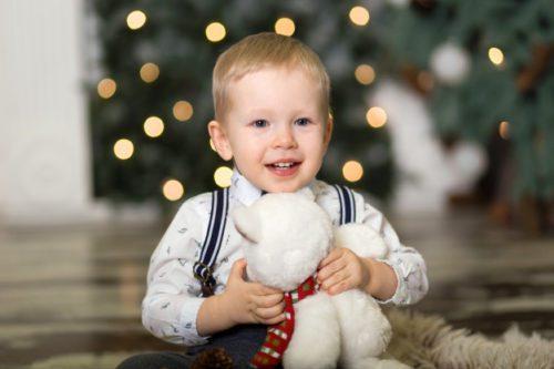 Вірші про новорічну ялинку для найменших діточок до 3 років легко читати