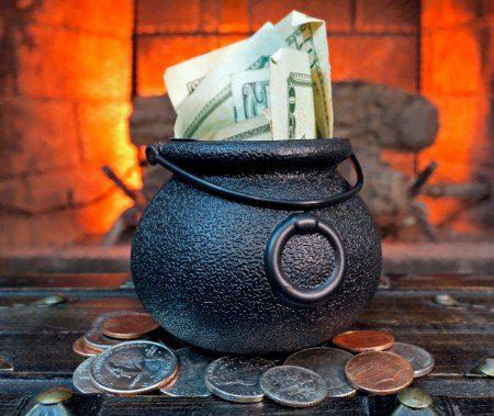 Прикмети і ритуали на Новий рік: на заміжжя, на святкування, на залучення грошей